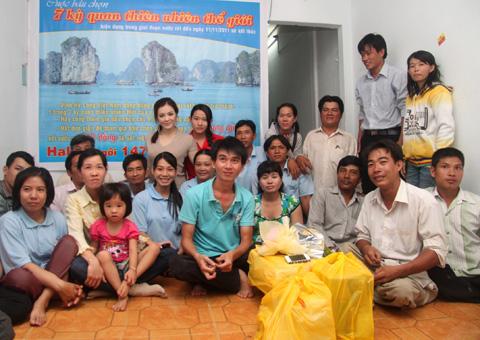Image result for Đại sứ Du lịch Việt Nam đã có chuyến từ thiện tại trung tâm tạo việc làm cho người khuyết tật Cần Thơ