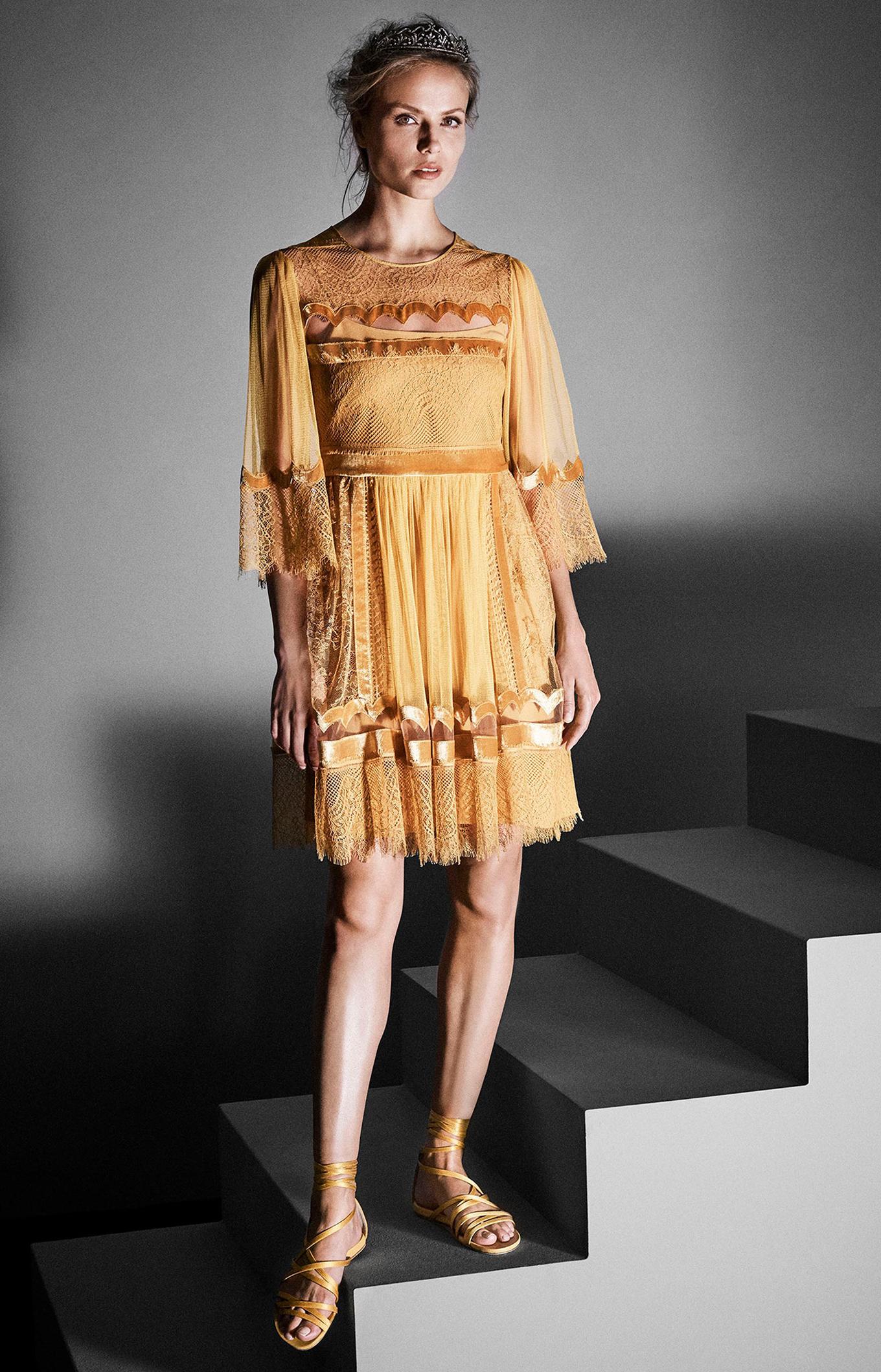 Alberta Ferretti<br>Fall 2017 Couture<br>Look 07