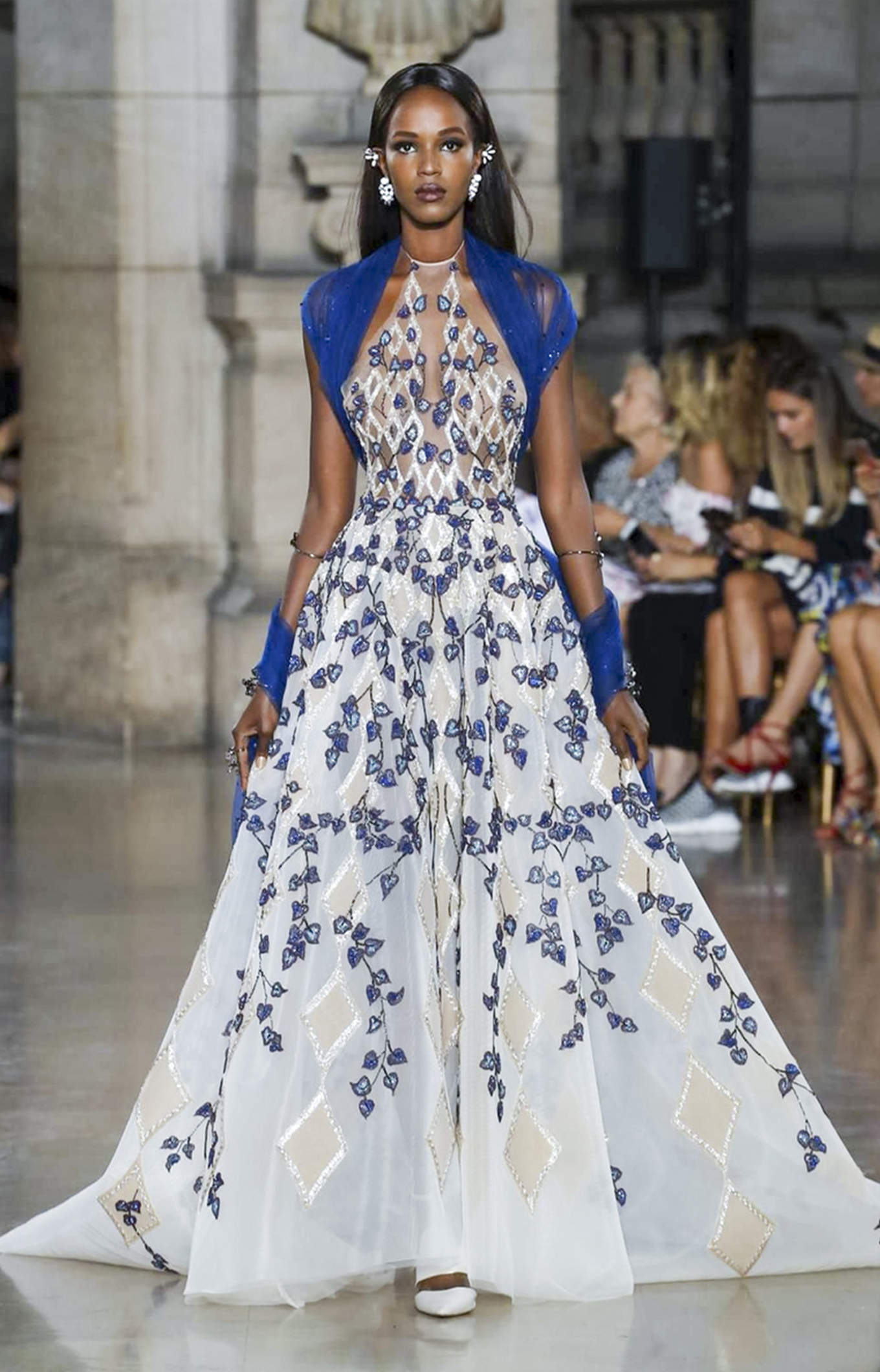 Georges Hobeika<br>Fall 2017 Couture<br>Look 09