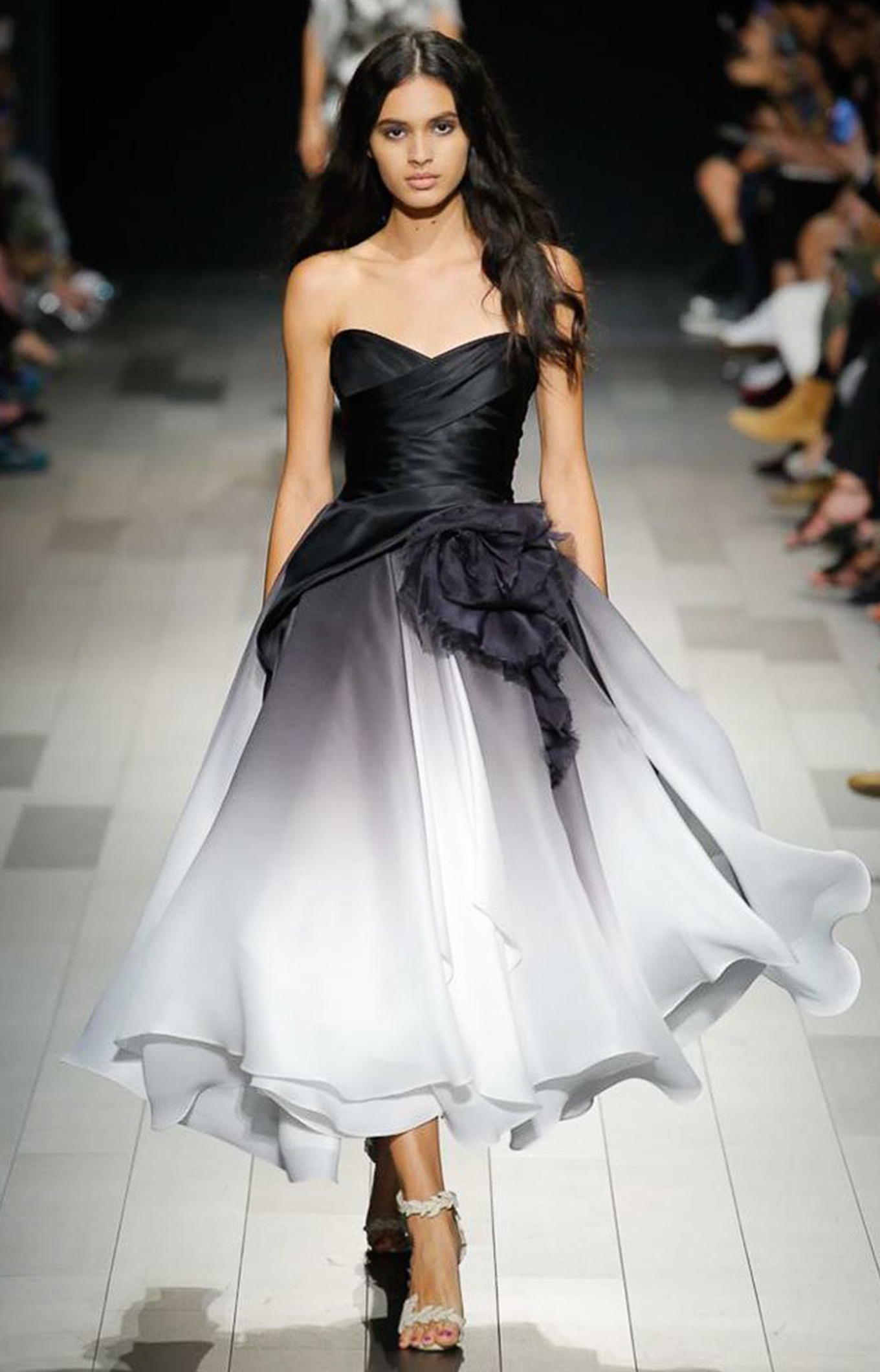 Marchesa<br>Spring 2018<br>Look 06