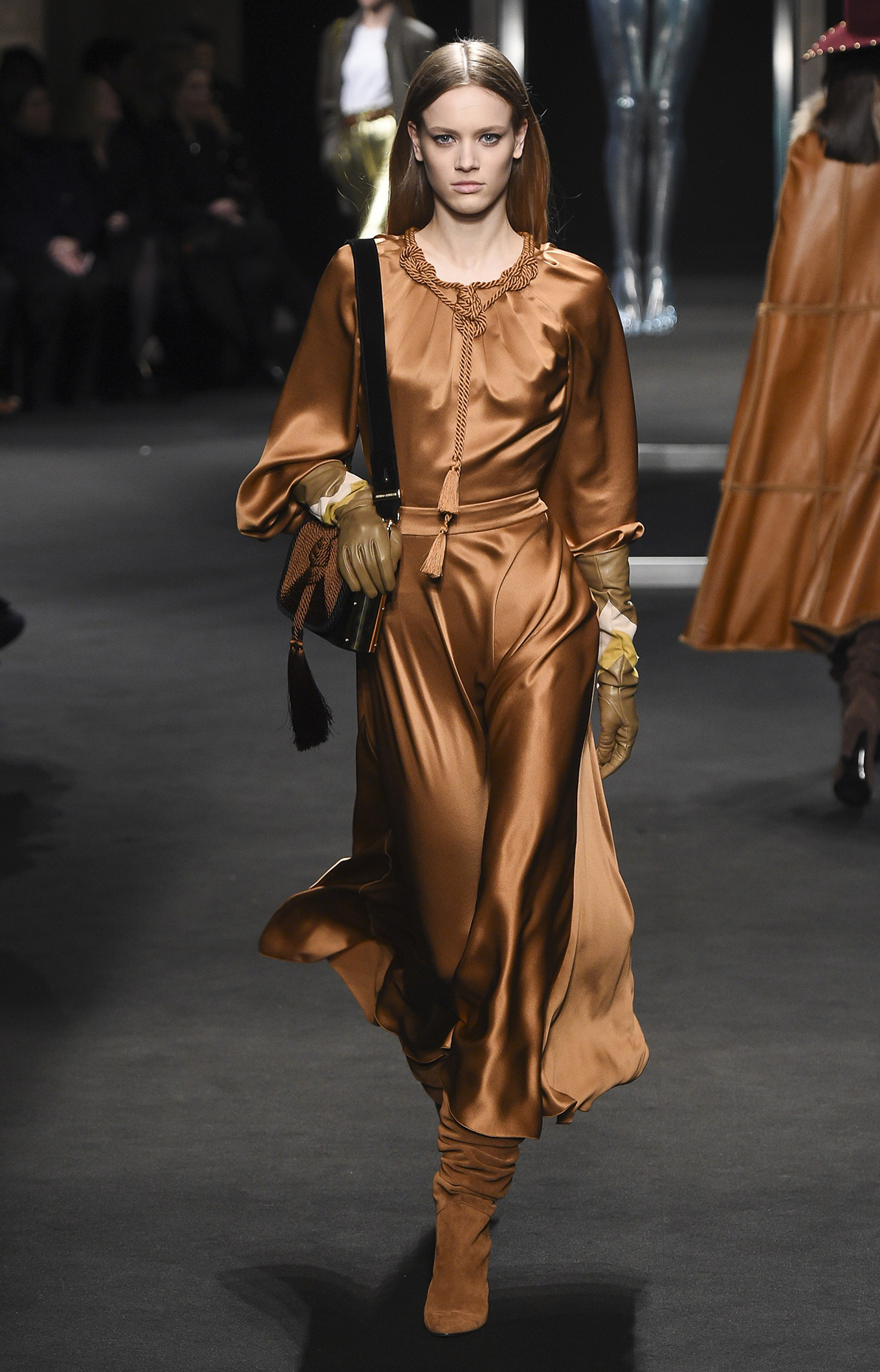 Alberta Ferretti<br>Fall 2018<br>Look 24